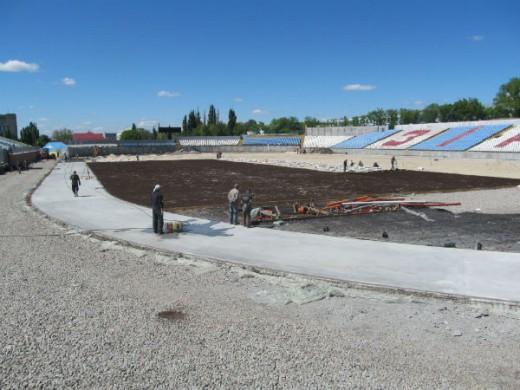 Реконструкція легкоатлетичного комплексу в Кіровограді