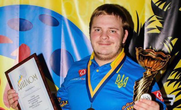 Владислав Яловега